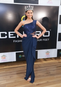 Miss India SumanRao Winner Graced The Celebrations  title=