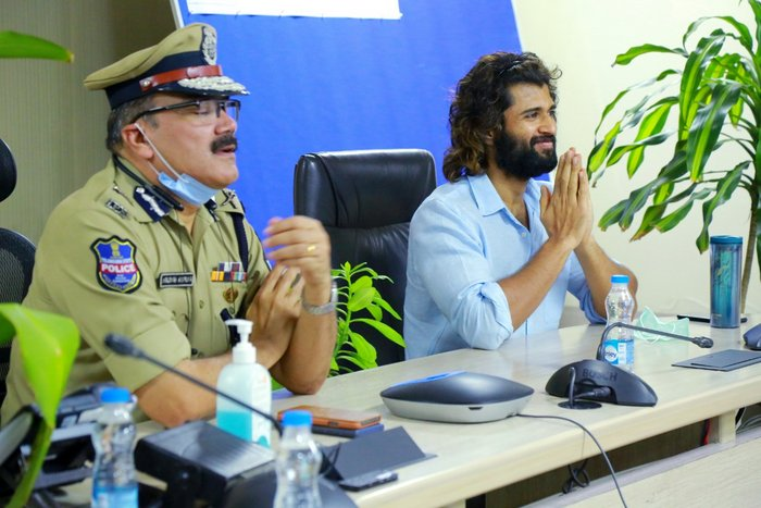 Vijay interacted with police officers