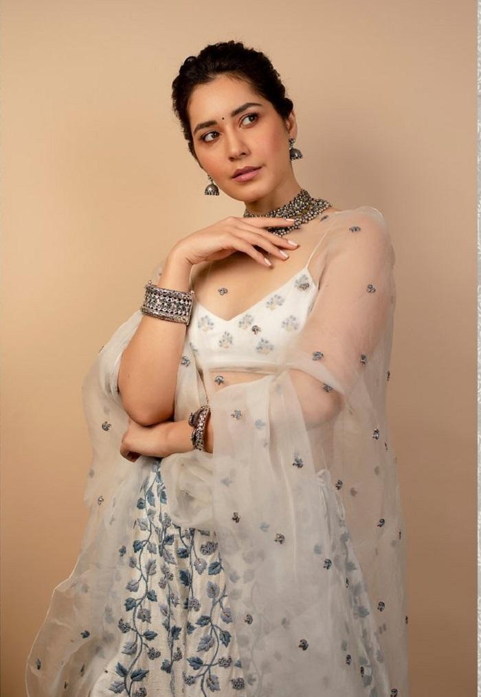 Raashii Khanna